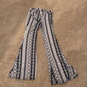 Pants - Black and white printed yoga pants